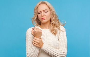 Carpal Tunnel Symptoms That Might Surprise You